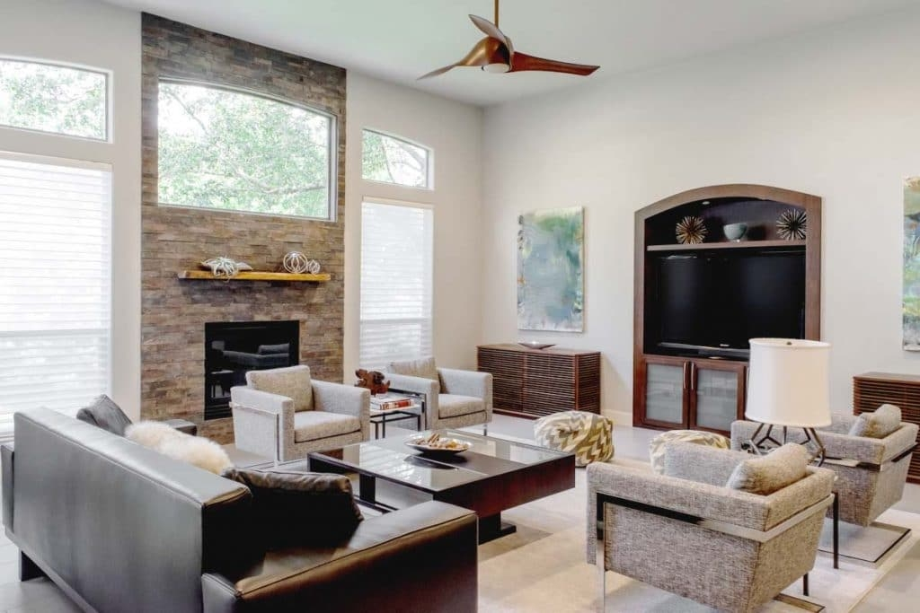 Light gray modern family room, Paper Moon Painting, interior house painters, Boerne TX