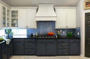 Blue and White cabinets by Paper Moon Painting, Austin, Sherwin Williams 6252 Ice Cube, 7602 Indigo Batik