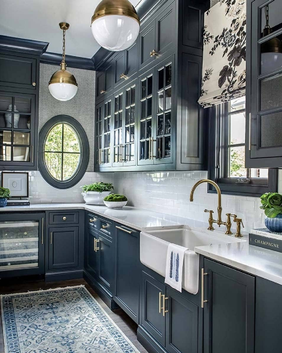 painted-trim-crown-molding-and-cabinets-by-mallory-mathison-in-our-cabinet-painting-blog-austiin-tx-painters